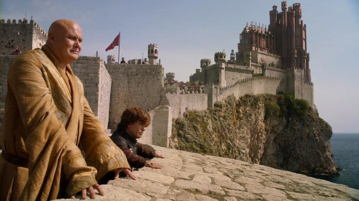 Tyrion and Varys on the walls