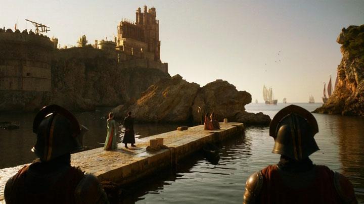 Sansa and Shae watching ships