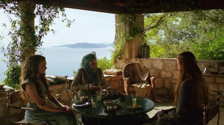 Sansa meets Lady Olenna Tyrell